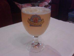 Une bonne journée se termine devant une bonne bière