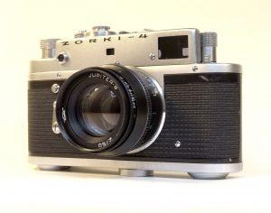 Un appareil photo Zorki 4