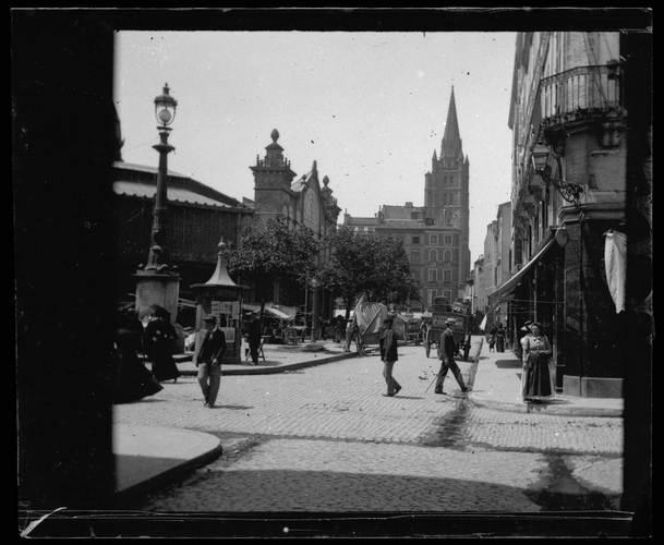 Place des Carmes, Toulouse (1905)- Eugène Trutat - DP