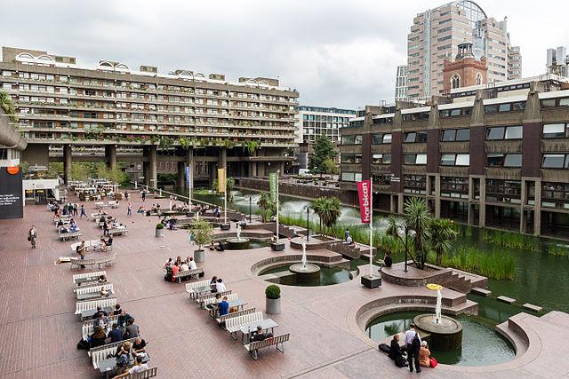 Terrasse du Barbican Centre - EdouardHue - CC-BY-SA