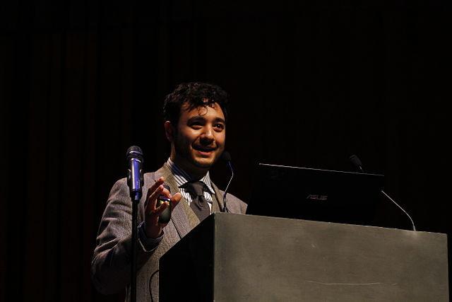 Wikimania 2014 - Opening Ceremony - 1376 - Edward Saperia - CC BY 3.0 - PierreSelim
