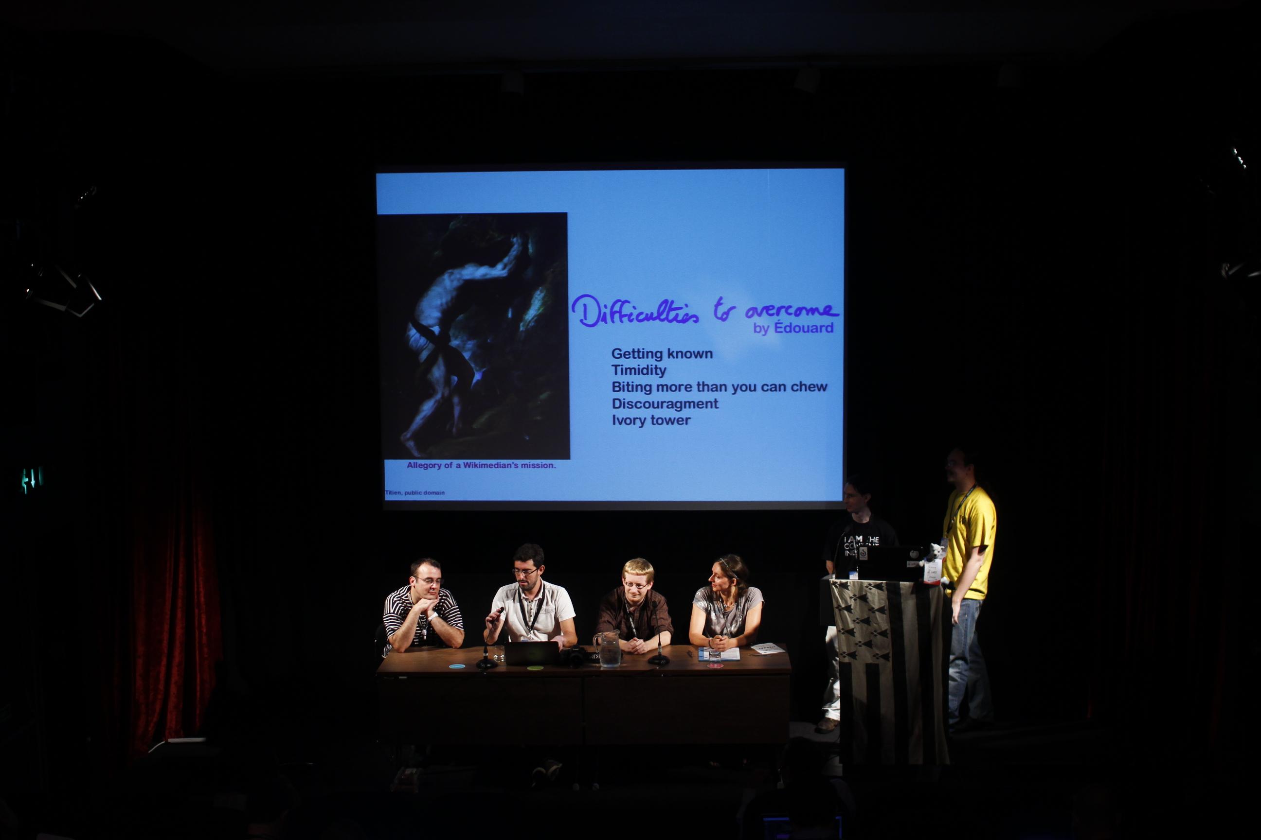 """La NCO présente """"Cabal for dummies"""" à la Wikimania 2014 - PierreSelim - CC BY 3.0"""