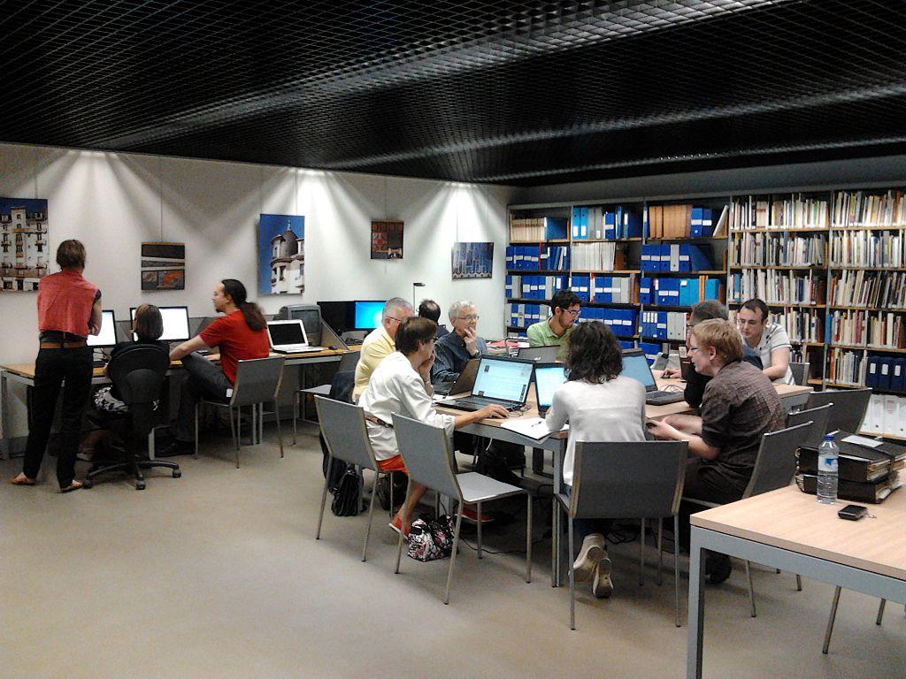 Edit-a-thon réalisé par les membres rennais de Wikimédia France au Musée de Bretagne, juin 2014 - Auregann, CC BY-SA 3.0