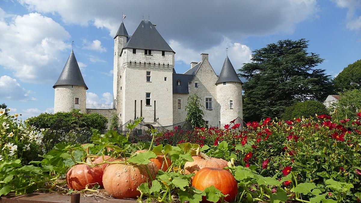 8e photo gagnante : vue de la façade du château du Rivau depuis le conservatoire des légumes, par Aliasse16